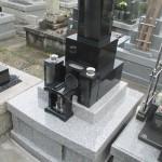 藤枝市の向善寺にて石碑の磨き直しと、外柵の設置工事をさせていただきました。【藤枝市向善寺】