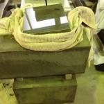 藤枝市 長楽寺のお客様のお墓(本小松石)の磨き直しをしています。【焼津市 焼津工場】