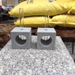 工場にて、お墓の石で一輪挿しを作りました【静岡県焼津市】