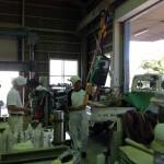 工場にて、一つ一つ丁寧に字彫りさせていただいています。【静岡県焼津市 工場】