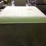 工場では、洞雲寺のお客様の本小松石の台座が磨かれるのを待っています【静岡県焼津市】