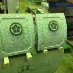 工場にて、妙法寺のお客様のお墓をお作りしています。【静岡県焼津市 工場】