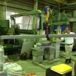 工場にて、八郷みかげを加工しています。【静岡県焼津市 工場】