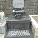 グランブルーの洋型のお墓が完成しました。藤枝市藤枝霊園にて。