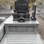 寿陵墓(生前墓)をお建てになる方が増えています。藤枝霊園にリーフグリーンの素敵な寿陵墓が完成しました。