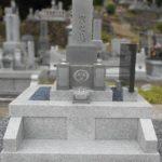 お墓のお引越し。西田共同墓地への移転をお受けしました。石碑は洗いにかけてきれいにしました。