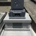 家族の想いのこもったお墓。亡くなった方への大切な想いを形にします。藤枝市林叟院にて。