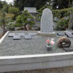 坂の上のお墓を解体し、永代供養へお移ししました。藤枝市長楽寺にて。